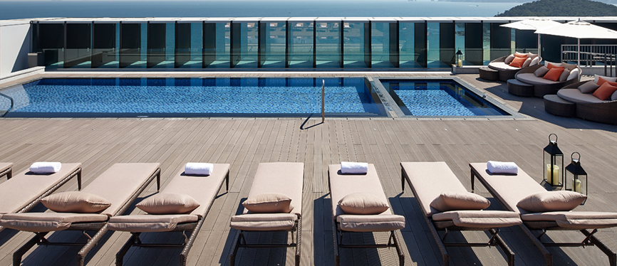 Rooftop Pool & Bar Images